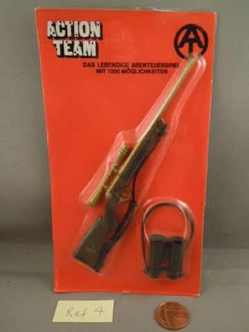 VINTAGE ACTION TEAM - Hunting Rifle with Scope & Binoculars on  Card